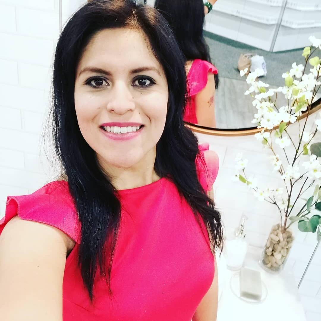 Amalia Valle Sanroman (dollamy) Profile Image | Linktree