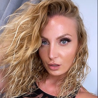 @Victoria_May Profile Image   Linktree