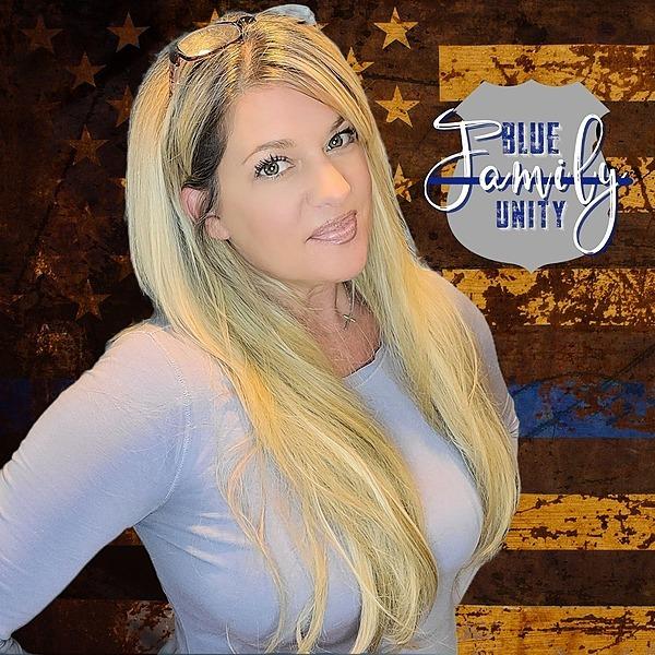 Blue Family Unity w Elsa Kurt (elsakurt) Profile Image | Linktree