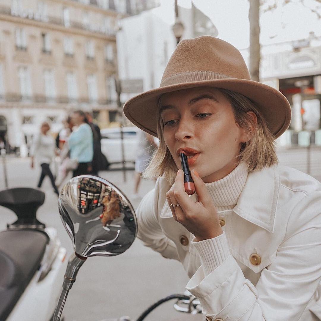 @fashionhr Balzami za njegu usana koje uvijek nosimo u dnevnoj torbici Link Thumbnail | Linktree