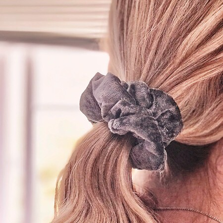 findthebeauty Gray Soft Scrunchie FOR SALE Link Thumbnail   Linktree
