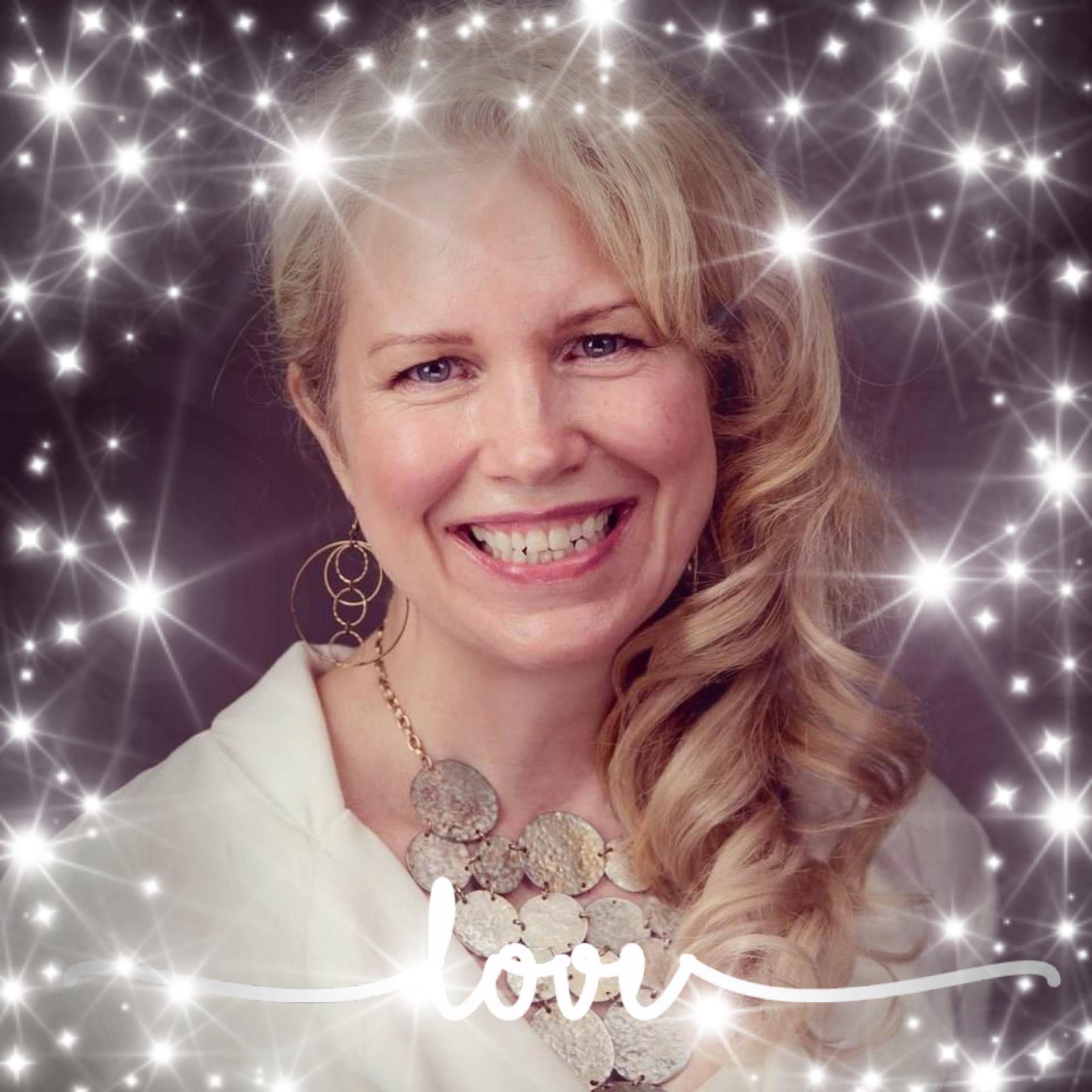 @Kryssa_lys Profile Image | Linktree