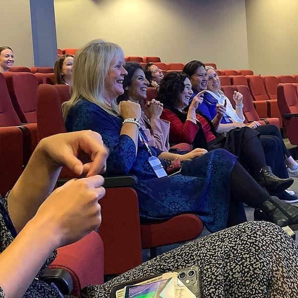 @nationalfoundationfordeaf Book a NZSL & Deaf Awareness Workshop Link Thumbnail   Linktree