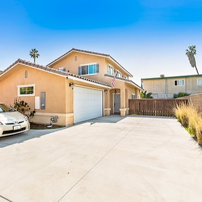 @theaongroup SOLD for $650,000   335 W Renette Ave Link Thumbnail   Linktree