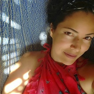 @LauraOlejua Profile Image | Linktree