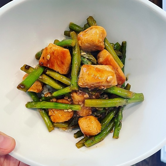 @amysmealdeal Chicken Asparagus and Lemon Stir Fry - @skinnytaste Link Thumbnail | Linktree