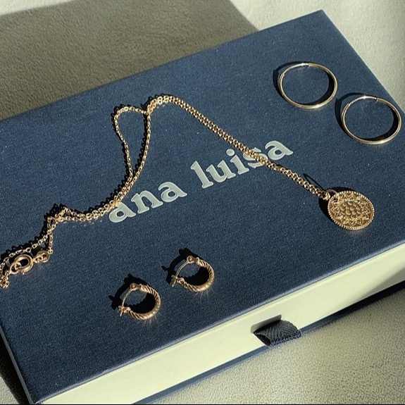 @beautymarkmakeovers Ana Luisa Jewelry CODE: BEAUTYMARKMAKEOVERS12 Link Thumbnail | Linktree