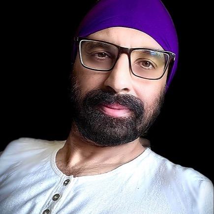 Vineet. (vineetsongs) Profile Image | Linktree