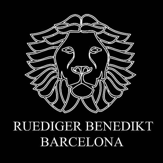 Ruediger Benedikt  Interiores My Youtube Channel Link Thumbnail | Linktree