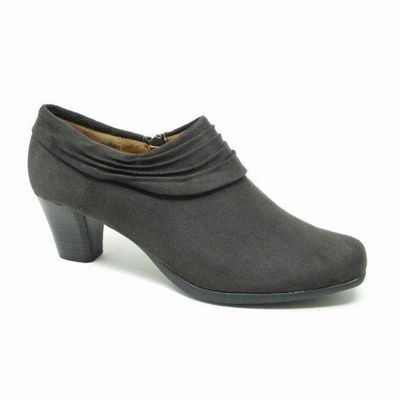 Women's, Men's & Children's Clothing & Footwear