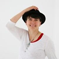 Heather Barrie (heatherbarrie) Profile Image   Linktree