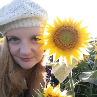 @angelique.migliore Profile Image | Linktree