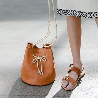 Fashion Griya Grand Cinunuk Shoes & Bags Link Thumbnail   Linktree