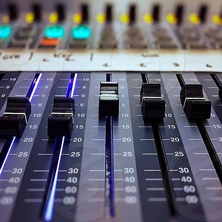 KashBeats LLC Schedule a Mix session Link Thumbnail | Linktree