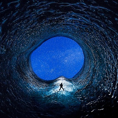Paul Zizka Photography NFT: THROUGH SPACE AND TIME (BID!) Link Thumbnail | Linktree