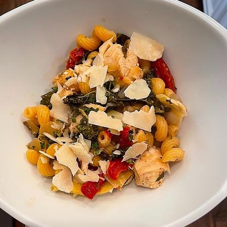 @amysmealdeal One Pot Chicken & Artichoke Cavatappi - @skinnytaste Link Thumbnail | Linktree