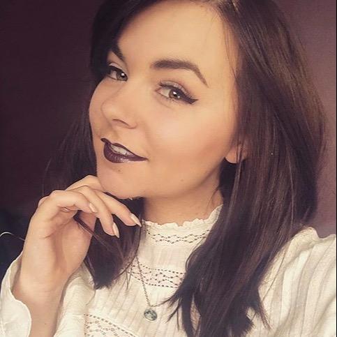 @darkandbeautifulart Profile Image | Linktree