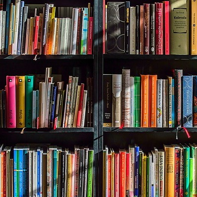 Niche Book Bar Bookshop Link Thumbnail | Linktree