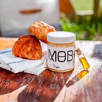 @MOBHoney Vote for us! MADE IN ALBERTA AWARDS Link Thumbnail   Linktree