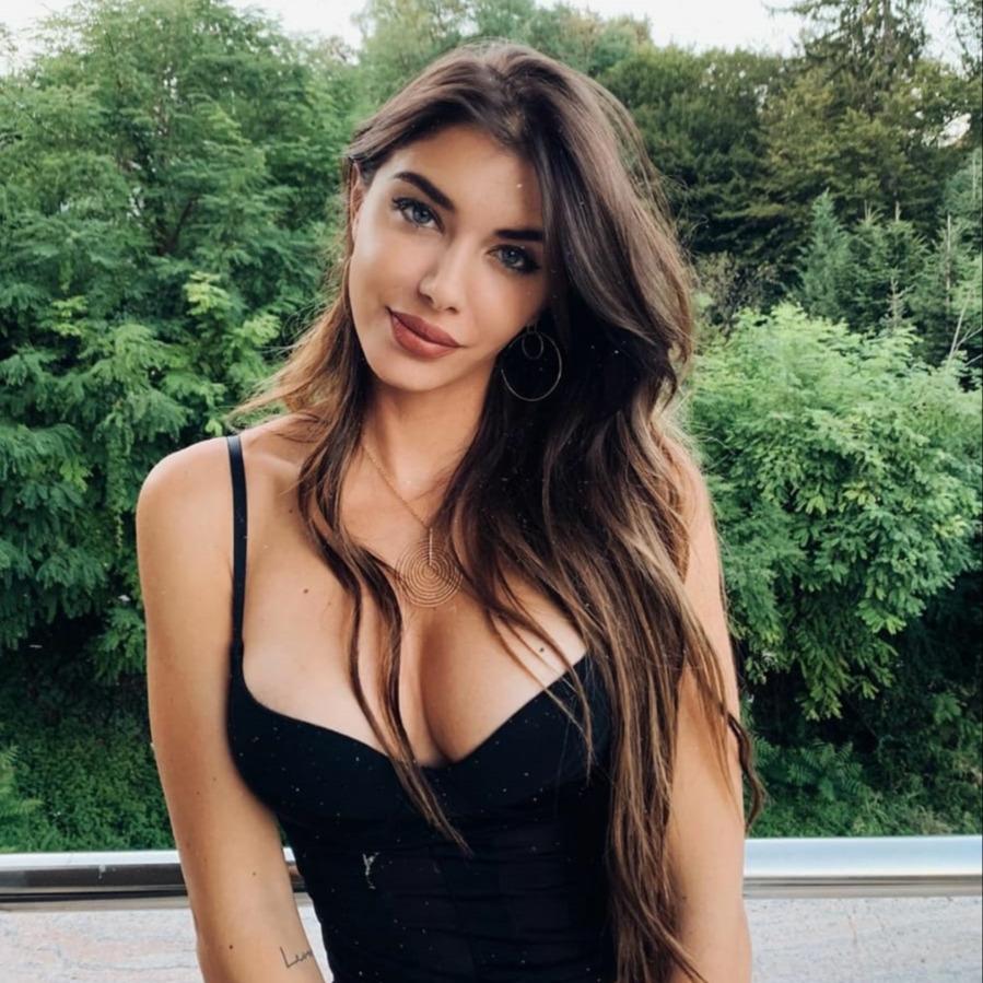 @fashionhr Iva Šarić nam je otkrila tajne svog izgleda Link Thumbnail | Linktree