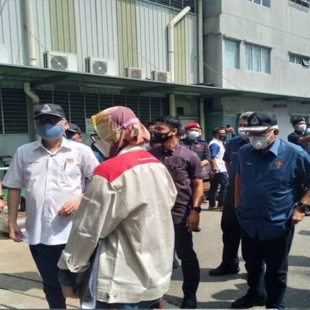 @sinar.harian Banyak kilang dibenar operasi gagal patuh SOP: Ismail Sabri Link Thumbnail | Linktree