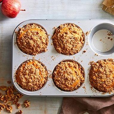 Katie Bardo @katiebardopc Large Muffin Pan Link Thumbnail | Linktree