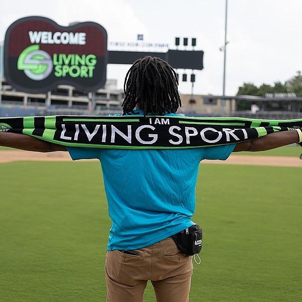 @iamlivingsport Living Sport Online Store Link Thumbnail | Linktree