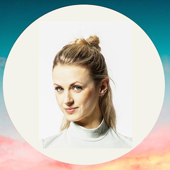 @Lunalena Profile Image | Linktree