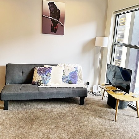 Melbourne Airbnbs' 1 Bed 1Bath A'beckett St-3 adults or 2 adults 2 kids  Link Thumbnail | Linktree