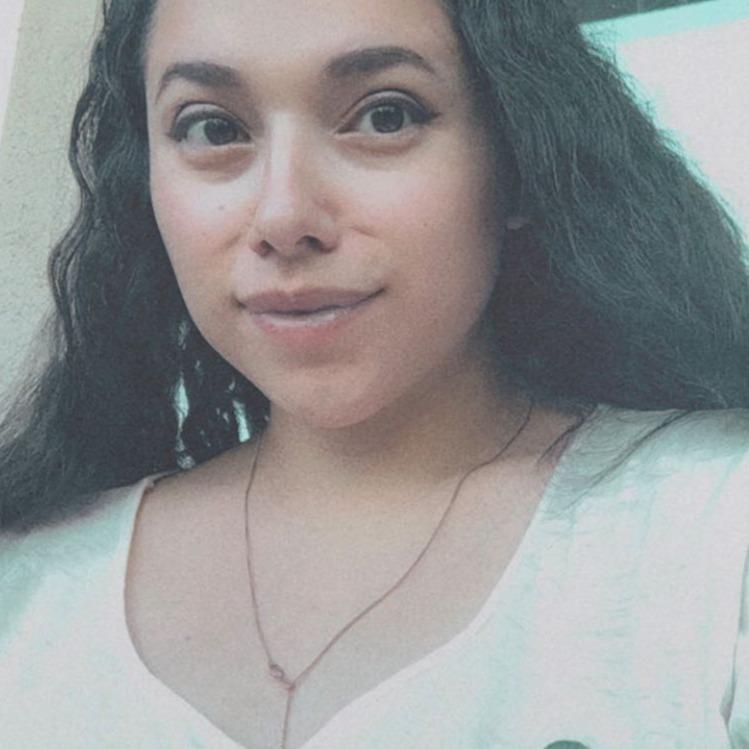 liza | singer-songwriter (lizaswallace) Profile Image | Linktree