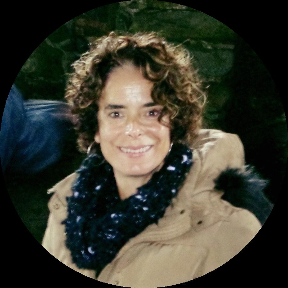 @PaulaAzzar Profile Image   Linktree