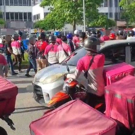 @sinar.harian Tular belasah pemandu lori, dua penghantar makanan ditahan Link Thumbnail | Linktree