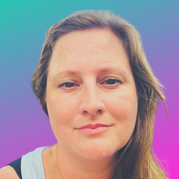 Emily | Wellness & Oneness (shaktimindful) Profile Image | Linktree