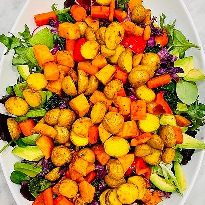 @amysmealdeal Roasted Vegetable Salad with Magic Green Sauce - @minimalistbaker Link Thumbnail | Linktree