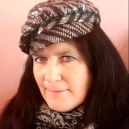 @EvaMarieCagley Profile Image | Linktree