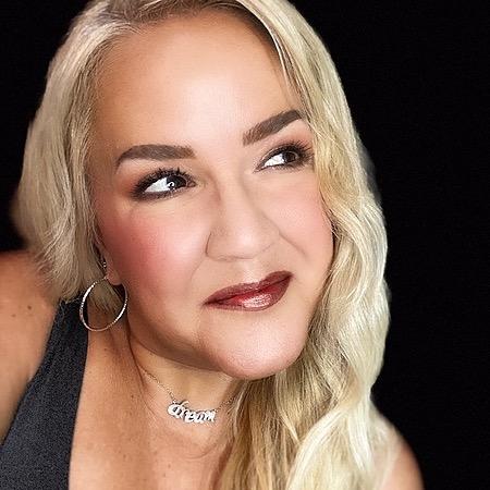 @ToriLeesBeautyMix Profile Image | Linktree