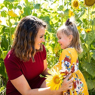 @DakotaSunflower Sunflower's Website Link Thumbnail | Linktree