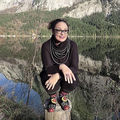 Lisa Muhr: Gemeinwohl-Ökonomie post Corona. In: SEKEM Österreich: Solidarität jetzt. Beilage DIE PRESSE 28.11.2020