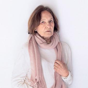 Lilián Polera (LilianPolera) Profile Image   Linktree