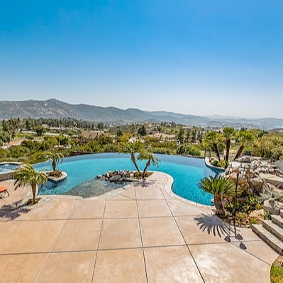 @theaongroup SOLD for $1,400,000   15325 Creek Hills Rd Link Thumbnail   Linktree