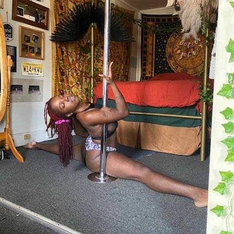 @piscesthedancer Profile Image   Linktree