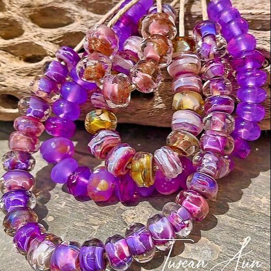 @JenelleAubade Amazing Glass Community FACEBOOK Link Thumbnail | Linktree