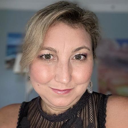Jennifer Tosian (jtosian) Profile Image | Linktree