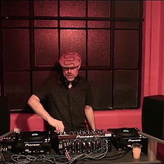 @Zrecordsuk Dave Lee Record Room Sessions #2 Link Thumbnail | Linktree