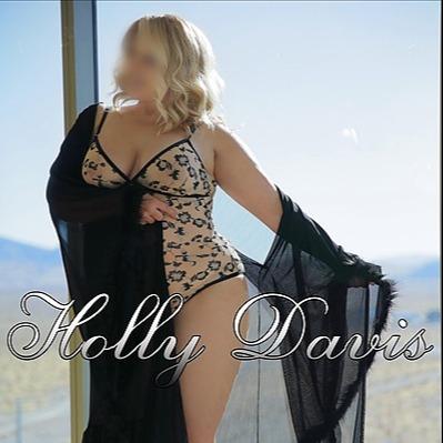 @Hollydavislv Profile Image   Linktree