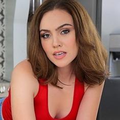@FreyaParker Profile Image | Linktree