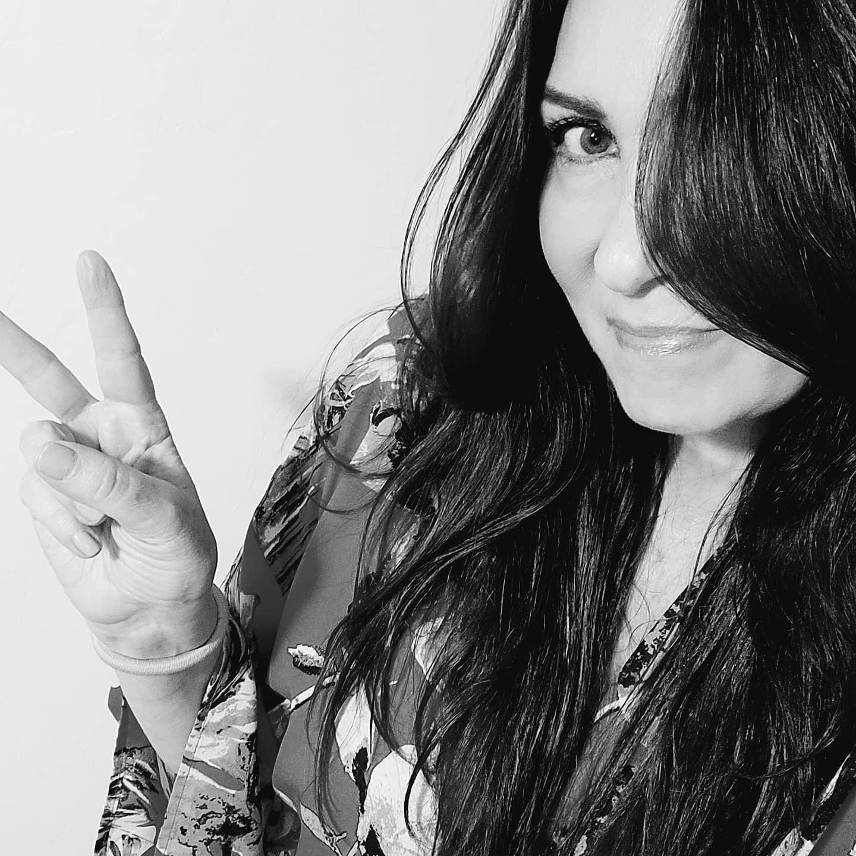 @officialgloriamedrano Profile Image | Linktree