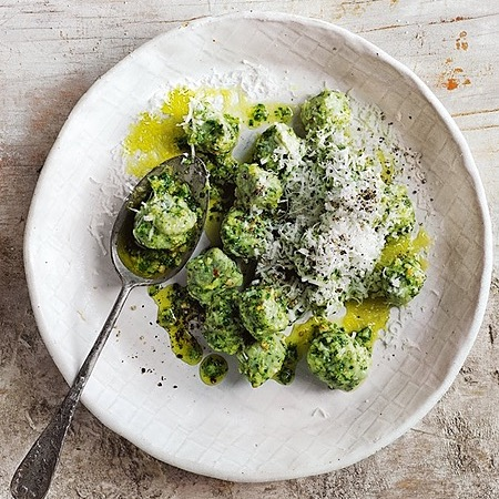 @donna.hay kale, fennel and smoked-almond pesto gnocchi Link Thumbnail   Linktree
