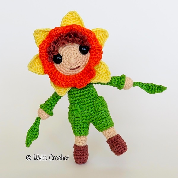 Wynne the Daffodil in Happily Hooked Magazine