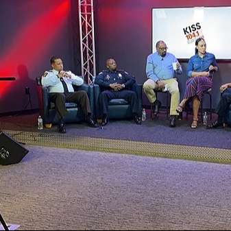 Fulton County Sheriff Metro Atlanta Law Enforcement Leaders Discuss Backlog of Warrants, Morale During Town Hall  Link Thumbnail   Linktree